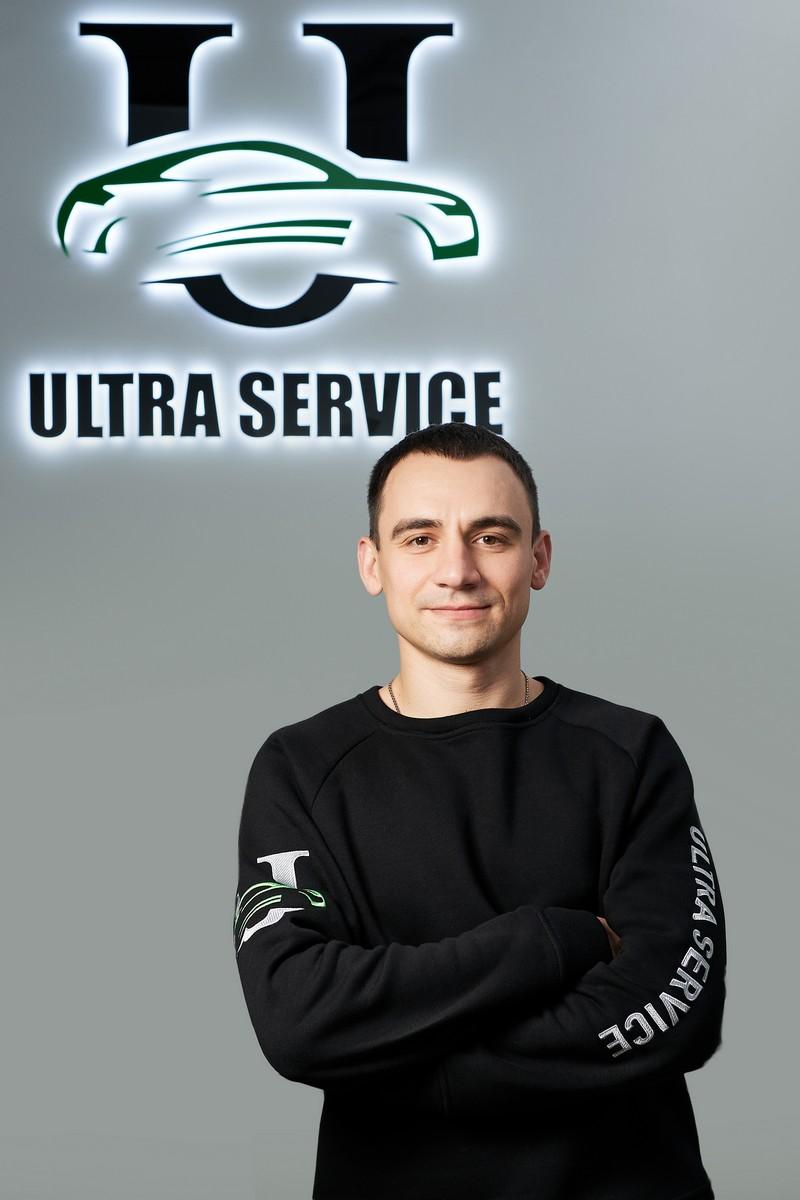 Александр Воробьев - директор